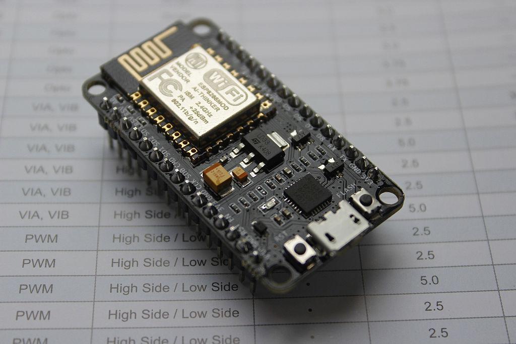 NodeMCU之旅:构建、刷入固件,上传代码